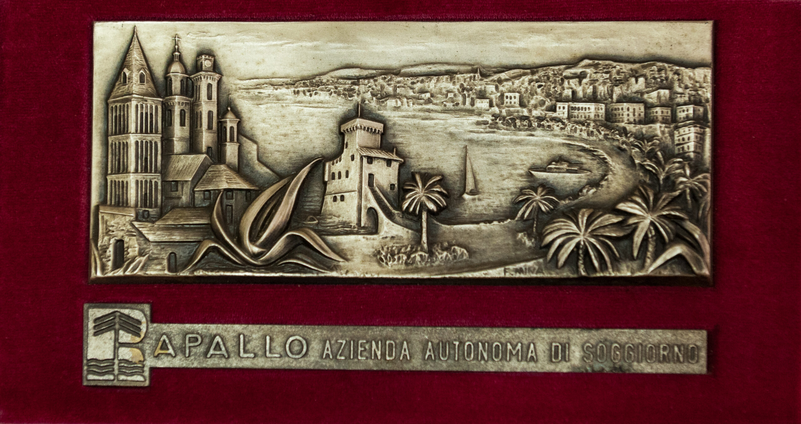 Targa donata al TSN Rapallo dall'Azienda Autonoma di ...